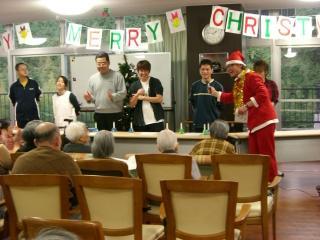 We Wish You A Merry Christmas☆ ちなみに左のサンタはメタボです(@@)
